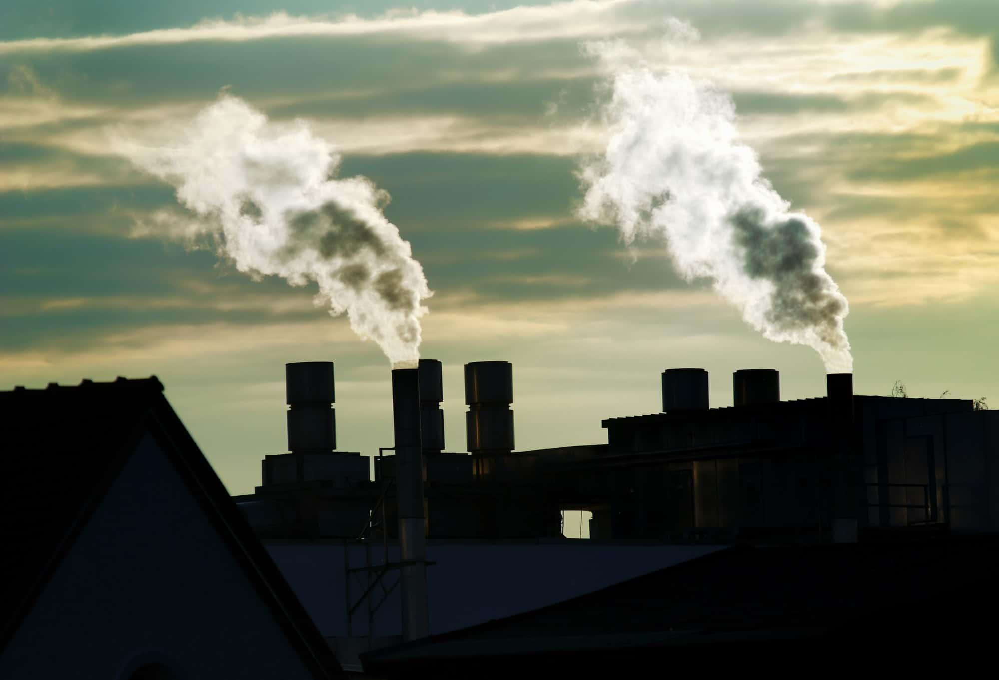 Предприятия Кузбасса выплатят 6,4млн.руб. зазагрязнение воды ивоздуха 12