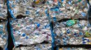 В ОАЭ начали производить маски из океанического мусора 5