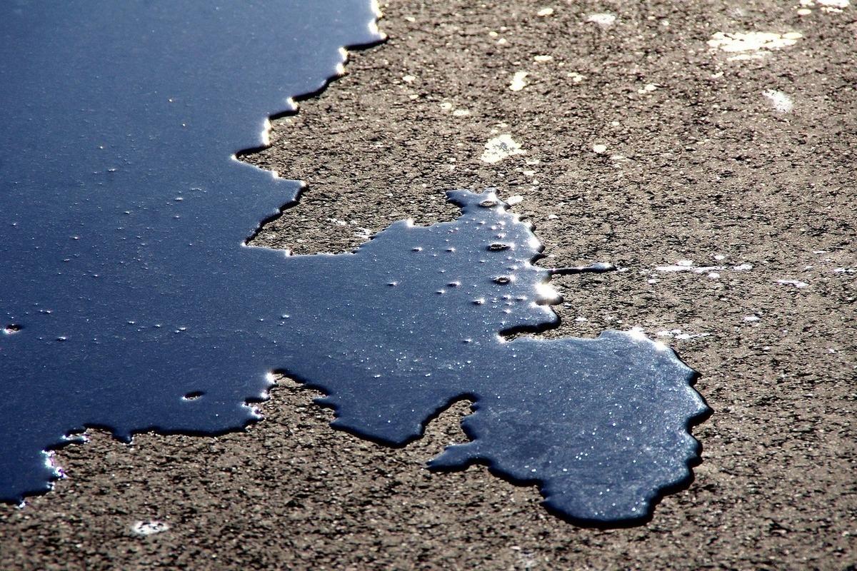 На трассе под Новым Уренгоем произошёл нефтяной пожар 1