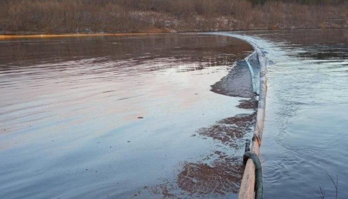 В Республике Коми введён режим ЧС из-за очередного разлива нефти 29
