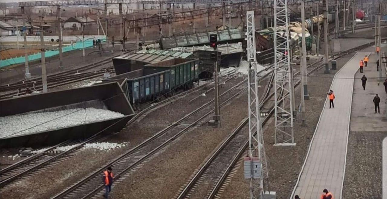 Разлив нефтепродуктов на ж/д станции в Новосибирской области 2