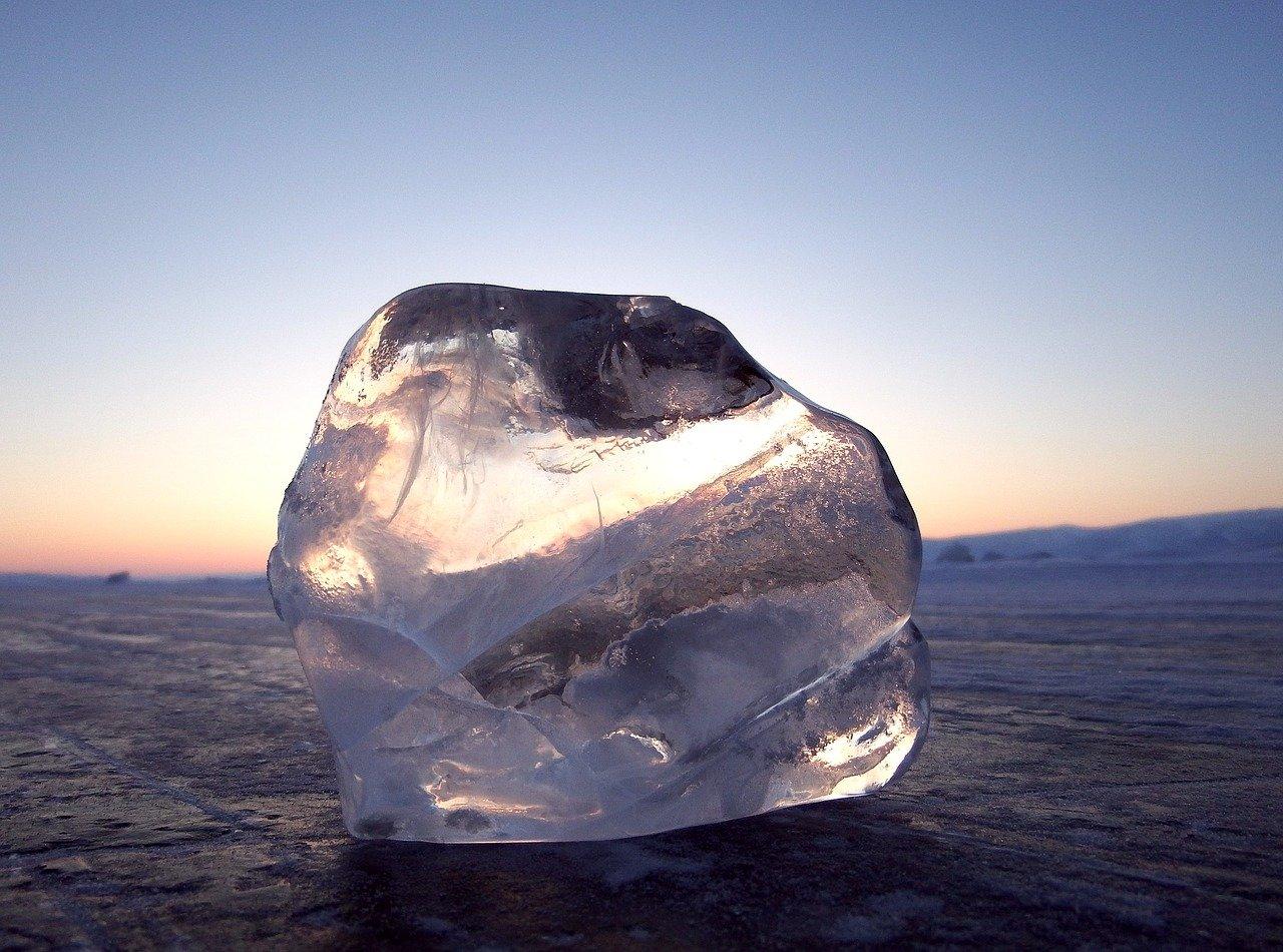 Руслан Хвостов: «Байкал может из объекта всемирного наследия превратится в объект национального позора» 1
