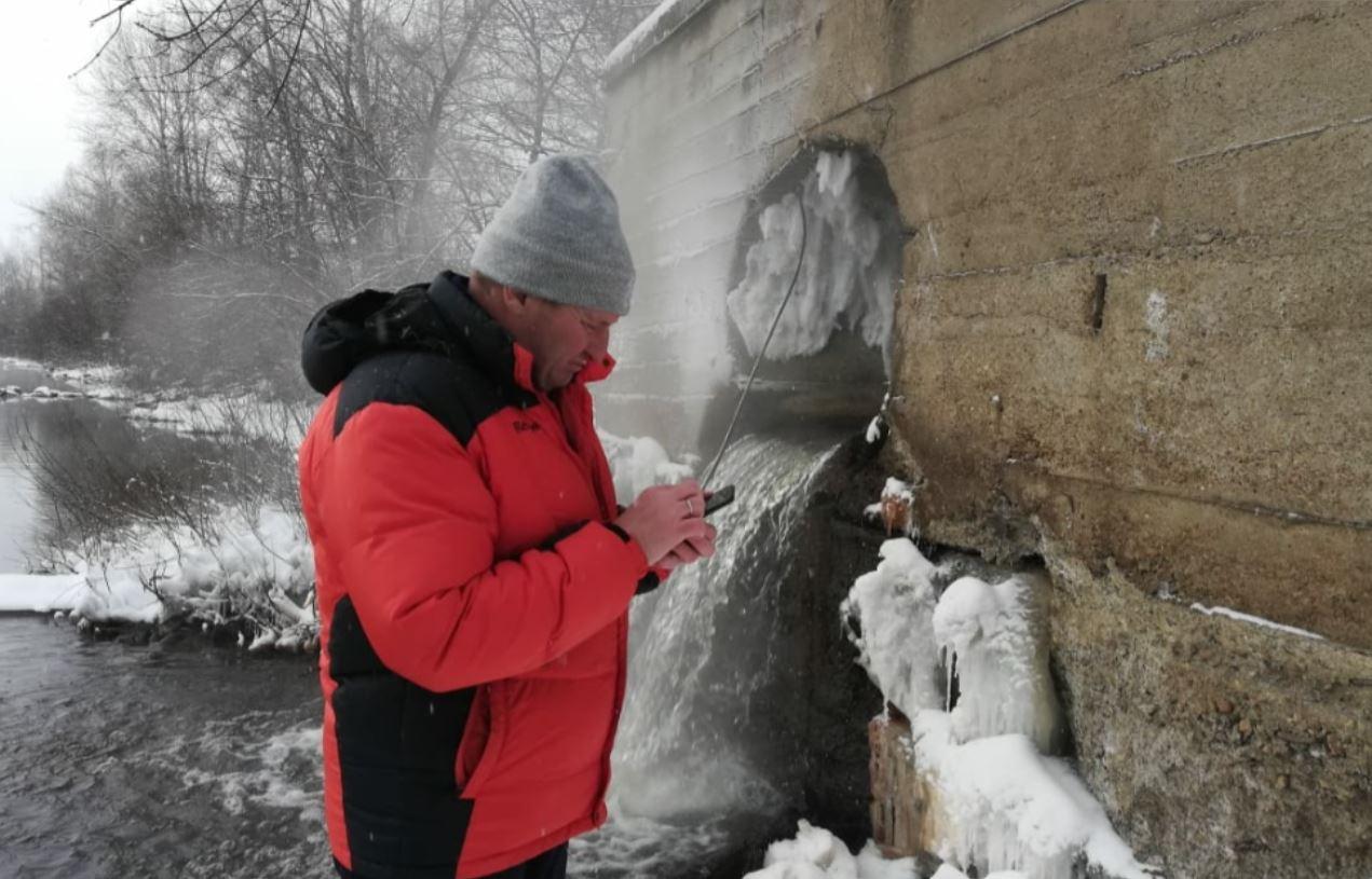 Руслан Хвостов раскритиковал всю российскую металлургию из-за загрязнения реки «Мечелом» в Белорецке 1